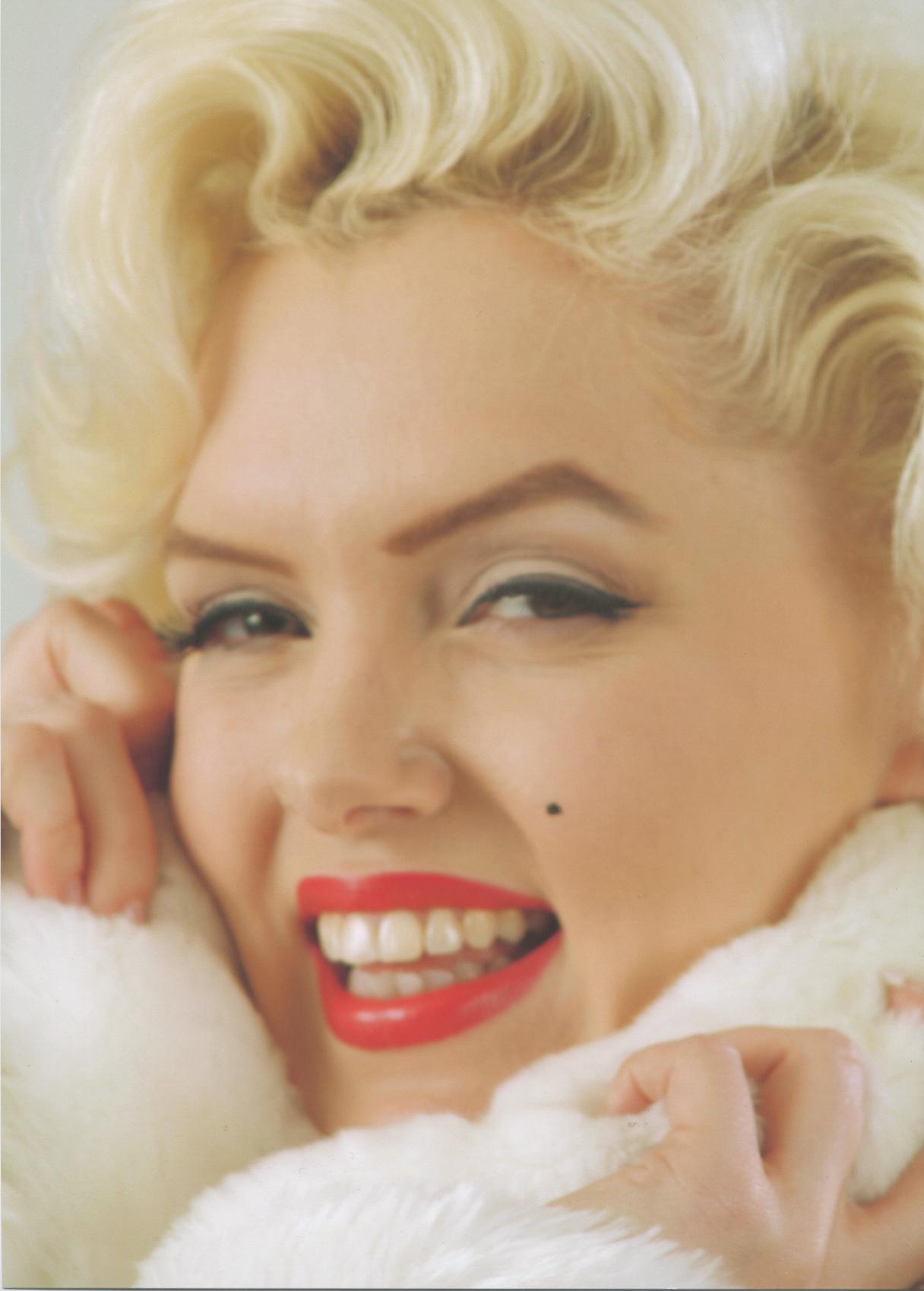 Suzie Kennedy As Marilyn Monroe Reviews